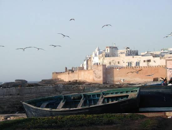 دولة المغرب في الماضي والحاضر barque-villes-vue-po