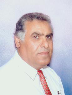 صور ادباء العرب - صفحة 2 Z_saleh1